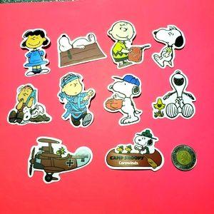 3/$20 10 x Snoopy waterproof stickers